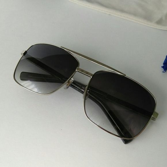 8380b8aac221 LV Attitude sunglasses silver
